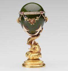 Seal, Fabergé, Mikhail Evlampievich Perkhin (1860-1903) (workmaster), circa 1900, nephrite, three color gold, rose diamonds, rubies