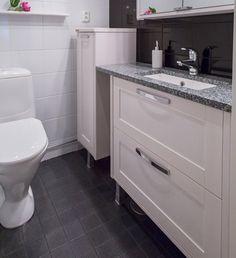 Keittiökalusteet | Keittiöremontti | Kylpyhuonekalusteet | WC-kalusteet - Designkaluste Finland Oy Vanity, Bathroom, Dressing Tables, Washroom, Powder Room, Bathrooms, Makeup Dresser, Mirror, Bath