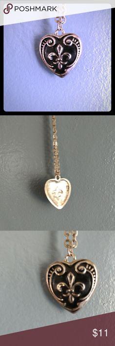 Fleur de Lys Heart Necklace Retro Pinup Very cute Vintage Jewelry Necklaces