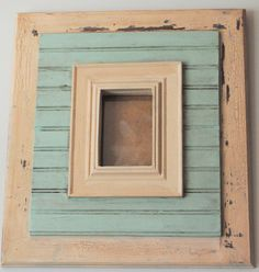 distressed picture frames, mixed media art, quote boards, Auburn art and Auburn t-shirts.all things creative. New Crafts, Crafts To Make, Easy Crafts, Distressed Picture Frames, Vintage Picture Frames, Diy Frame, Frames On Wall, Painting Frames, Craft Projects
