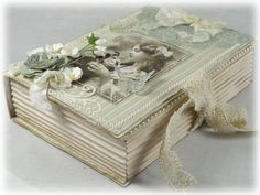 bookbox4-15-2012DSC03203