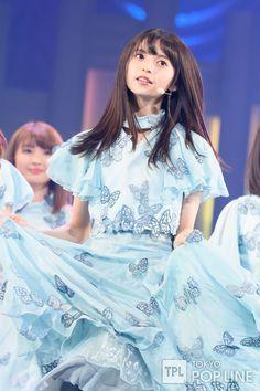 齋藤飛鳥 Sayumai⊿ — clipfoxes: Smart News CM Ikuta Erika, Saito Asuka, Cute Cafe, Cute Japanese Girl, Japan Girl, Female Portrait, Art Girl, Cute Girls, Beautiful Dresses
