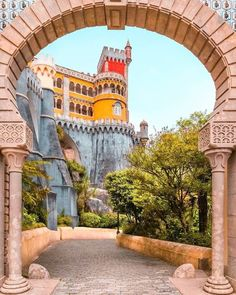 Charming Villa - Colares Sintra - Heated Pool by the Beaches - Banzão Sintra Portugal, Spain And Portugal, Portugal Travel, Portugal Photos, Pena Palace, Rent A Villa, Heated Pool, What A Wonderful World, Wonders Of The World