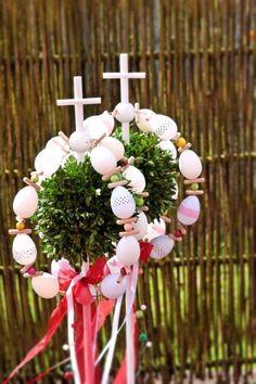 World of Tanni: Palmsonntag Diy And Crafts, Wreaths, Christmas Ornaments, Holiday Decor, Education, Palmas, Bricolage, Palm Sunday, Crafts
