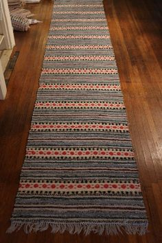 Exquisite Handmade Antique Swedish Rag Rug ( 31x152 inches) 1920s