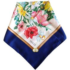 Pre-owned Gucci White And Blue Floral Silk Printed Scarf ($220) ❤ liked on Polyvore featuring accessories, scarves, blue floral, gucci scarves, gucci shawl, silk shawl, multi colored scarves and pure silk scarves