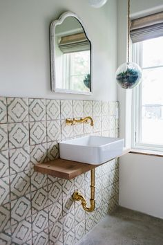 Surf-Inspired House in Charleston, SC, for Barefoot Living The tiles in the guest bathroom are from Tabarka Studio.The tiles in the guest bathroom are from Tabarka Studio. Inexpensive Bathroom Remodel, Diy Bathroom Remodel, Shower Remodel, Bathroom Renovations, Bathroom Interior, Budget Bathroom, Bathroom Ideas, Simple Bathroom, Bathroom Designs