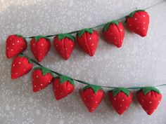 Felt Strawberry Garland by BrimbleOriginals on Etsy - perfect for Wimbledon week!!