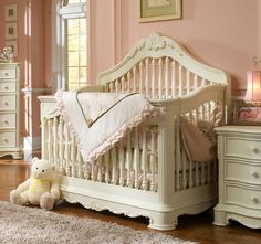 Seriously gorgeous crib with a creamy vanilla finish and feminine detailing. LOVE!