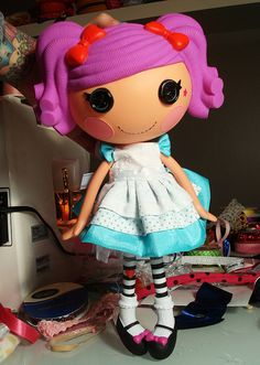 Peppermint Pig makes THE cutest Lalaloopsy doll clothes ever!  Where have you gone??  Come back to etsy!!