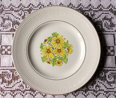 Vintage china pattern, Summertime by Staffordshire - Southern Vintage Table