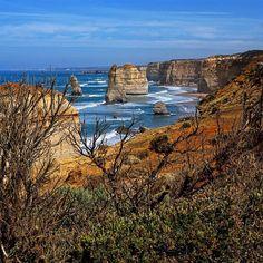 That's how they look like in the morning. Stunning.  #12apostles #great #ocean #greatoceanroad #australia #coast #stunning #miracle #wonder #cica #marija #Mario #društvo #fun #dramatic #landscapes #seascape #nature #wild #super #beautiful by marioetes http://ift.tt/1ijk11S