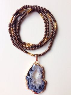 Agate Druzy Slice Pendent with Gold Edging - what about using tiger's eye beads?