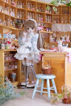 """よーぐれっと on Twitter: """"アリスちゃんのチョコレート大作戦… """""""