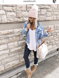 Camo leggings outfit, cute outfits with leggings, lazy outfits, casual college outfits, Camo Leggings Outfit, Cute Outfits With Leggings, Legging Outfits, Casual Winter Outfits, Casual Fall Outfits, Winter Fashion Outfits, Look Fashion, Autumn Fashion, Ugg Boots Outfit