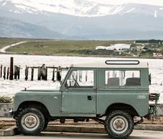 «Merry Christmas #adventuremobile #landrover From our archives from the trip…