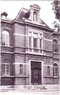 Ingang van het oude psychiatrisch ziekenhuis