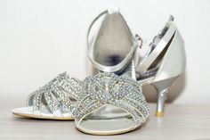 Simple but beautiful kitten heels for a wedding! #kabbijpatchphotography #weddingphotography #weddingshoes #weddingdetails Beautiful Kittens, Photography Portfolio, Wedding Shoes, Wedding Details, Kitten Heels, Patches, Wedding Photography, Simple, Fashion