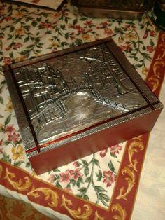 Caja de té repujado en aluminio