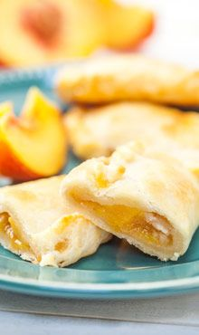 """Peach Empanadas"" using a BLENDTEC... A simple pastry dough that is great for sweet fillings such as peaches, pears, cinnamon and raisins, apples and more. - See more at: http://www.blendtec.com/recipes/peach_empanadas?utm_source=Blendtec+Recipe+Emails&utm_campaign=1d0629d12b-Peach_Empanadas_9_10_2013&utm_medium=email&utm_term=0_8c09bd62ec-1d0629d12b-216107421#sthash.0wFv85qa.dpuf"