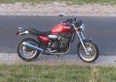 Triumph legend tt 900 Triumph Legend, Café Racers, Cafe Racer Motorcycle, Classic Bikes, Bobbers, Scrambler, Nice, Vehicles, Motorbikes
