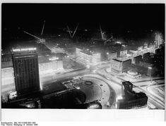 Blick von Fernsehturm auf den Alexanderplatz bei Nacht/Blick vom Fernsehturm Richtung Nordosten, Wolfgang Thieme (1969)
