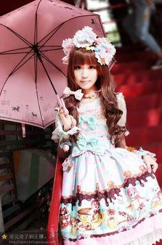 Sweet Chinese Lolita dressed in ***Infanta Sweet Cream Cat Printed Jumper Dress*** >>> http://www.my-lolita-dress.com/infanta-sweet-cream-cat-lolita-dress-inf-160 [★IN STOCK★]