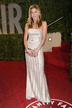 Jennifer Aniston in Valentino (2009)