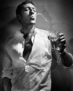 I Adore French Actor Vincent Cassel. Stunning Husband of Monica Bellucci. Vincent Cassel, Foto Portrait, Portrait Photography, Man Portrait, Celebrity Photography, Its A Mans World, Monica Bellucci, Photo Instagram, Belle Photo
