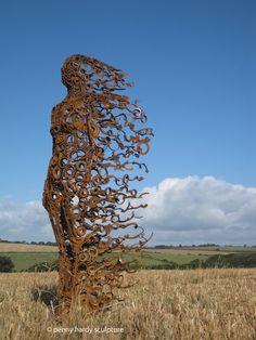 Penny Hardy sculpture Metal Tree Wall Art, Scrap Metal Art, Metal Artwork, Human Sculpture, Metal Art Sculpture, Art Sculptures, Sculpture Ideas, Abstract Sculpture, Garden Sculpture
