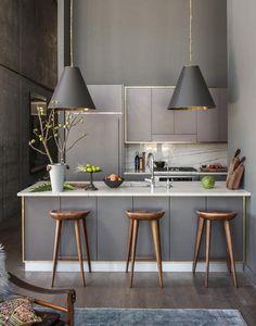 Gold gerahmte Küchenzeile | roomido.com