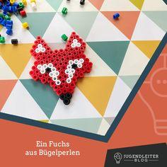 Diese Ideen mit Bügelperlen sind mit Kindern supereinfach nachzumachen. Einfach die Farben zusammensuchen und die Bilder nachbauen. Material und Informationen dazu findest du im Jugendleiter-Blog! Blog, Material, Playing Cards, Simple, Colors, Kids, Ideas, Playing Card Games, Blogging