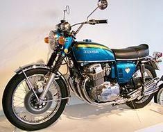 Honda CB 750 Four: La moto che rivoluzionò il mercato motociclistico mondiale Honda Cb750, Motos Honda, Yamaha, Scooters, Garage Bike, Cafe Bike, Fiat 600, Mini Bike, Classic Bikes