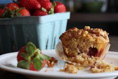 Strawberry Streusel Muffins (Grain-Free) - The Mommypotamus