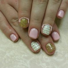 Pink and gold nails, with stripes. #PreciousPhanNails