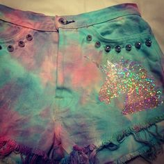 omg! Sparkle rainbow unicorn tye dye shorts! *drool*