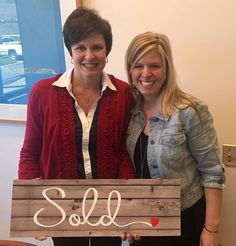 Happy closing day to a new local! We were excited to work with you and are thrilled that you could bring some Carolina-charm toe the Show Me State! Courtesy of www.BethMcGeorge.com #handshakesandhugs #BethSellsJC #JenSellsJC
