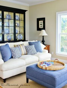 Nice 66 Beautiful Coastal Themed Living Room Decorating Ideas To Makes Your Home Cozy. More at https://trendecorist.com/2018/02/27/66-beautiful-coastal-themed-living-room-decorating-ideas-makes-home-cozy/ #coastallivingroomsdecor