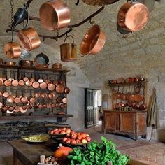 75 Modern French Country Kitchen Decorating Ideas - Page 29 of 75 French Kitchen Decor, French Decor, French Country Decorating, Rustic Kitchen, Kitchen Ideas, Kitchen Country, Vintage Kitchen, Modern French Country, French Country Kitchens