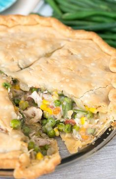 Turkey Pot Pie is a great way to use leftover turkey or chicken! It's an easy recipe that everyone loves for dinner. Dog Recipes, Cooking Recipes, Chicken Recipes, Leftover Rotisserie Chicken, Leftover Turkey Recipes, Easy Dinner Recipes, Delicious Recipes, Cookies Et Biscuits, Chicken