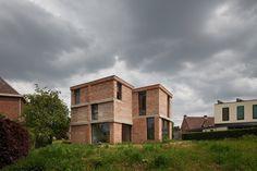 BLAF - DNA house, Asse 2013. Photos (C) Stijn Bollaert.
