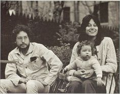 Bob Dylan with Sara & Jakob, 1970 - photo by Linda McCartney