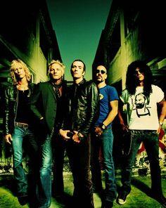 Velvet Revolver, Slash, Scott Weiland, Full Page Pinup Hard Rock Music, Rock N Roll Music, Sound Of Music, Music Is Life, Velvet Revolver, Scott Weiland, Duff Mckagan, Rockn Roll, Song Artists