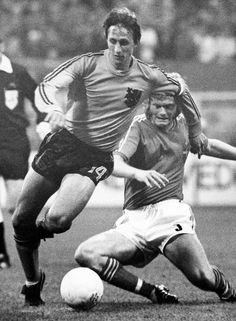 Johan Cruyff durante un partido de la Copa del Mundo celebrada en Dortmund (Alemania), en 1974.  (AP)