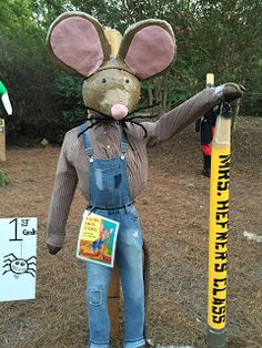 Each year Inverness Elementary School classes create and display scarecrows -- and each year I go down and photograph my favorites. Book Character Costumes, Book Characters, Disney Characters, Edward Tulane, You Poem, Party Crafts, Scarecrows, Book Week, Inverness