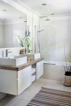 Banheiro amplo