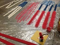 Off-Duty Fireman Slices Up A Dirty Old Fire Hose To Make A Beautiful DIY American Flag They painted red onto 7 of the strips, keeping the remaining 6 ones the original white hose color. Fire Hose Projects, Fire Hose Crafts, Fireman Crafts, Firefighter Crafts, Wood Flag, Christmas Wood, American Flag, Diy Projects, Diy Crafts