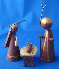 Japan modern wood 3 pc nativity holy family Joseph Mary Jesus manger