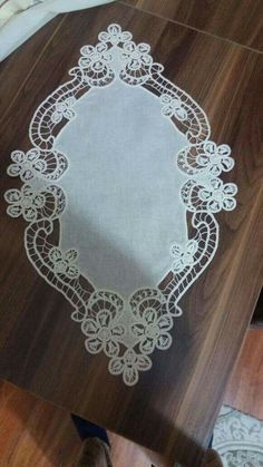 """Olga Jeremic Jovanovic added 5 new photos. Tambour Embroidery, Embroidery Stitches, Hand Embroidery, Knitting Stitches, Irish Crochet Patterns, Lace Patterns, Needle Lace, Bobbin Lace, Diy Arts And Crafts"