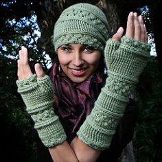 Ravelry: Velutinous Lace Crochet Wristlets pattern by Jennifer Hansen